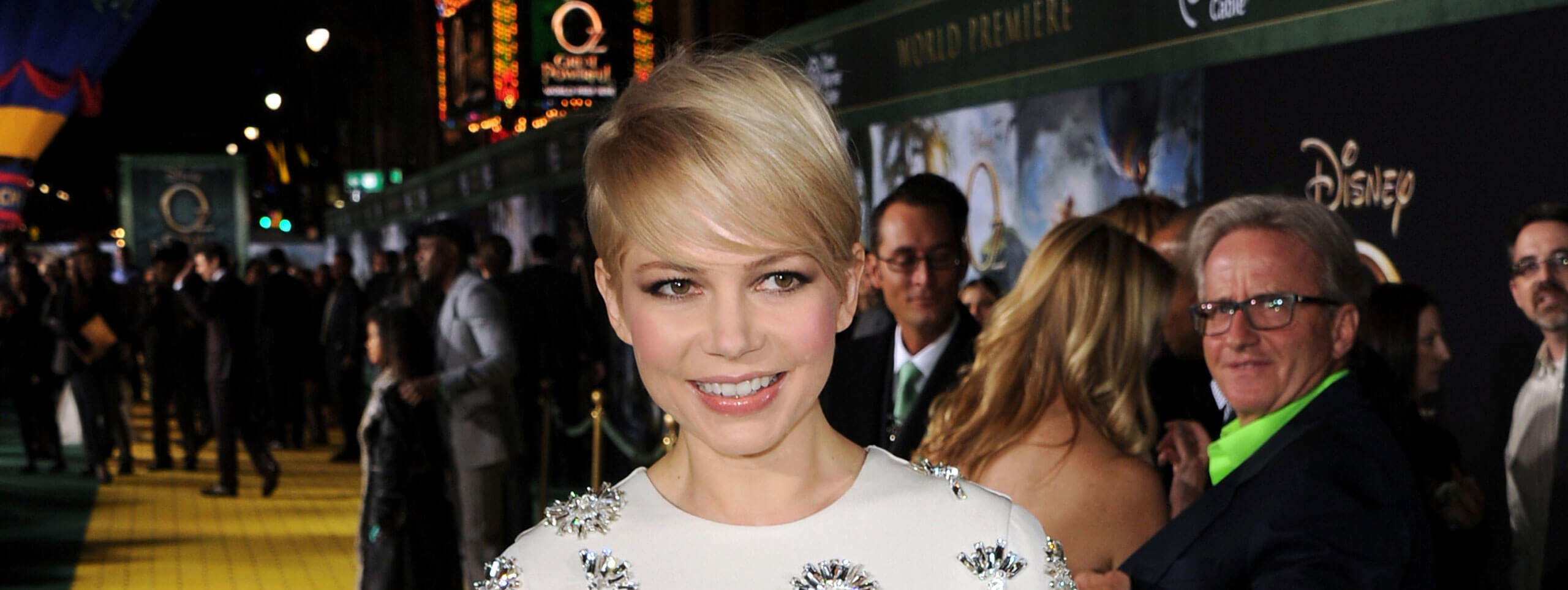 Michelle Williams coupe courte garçonne